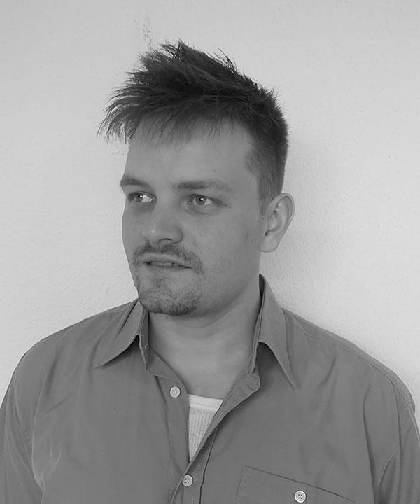 Simon Büker
